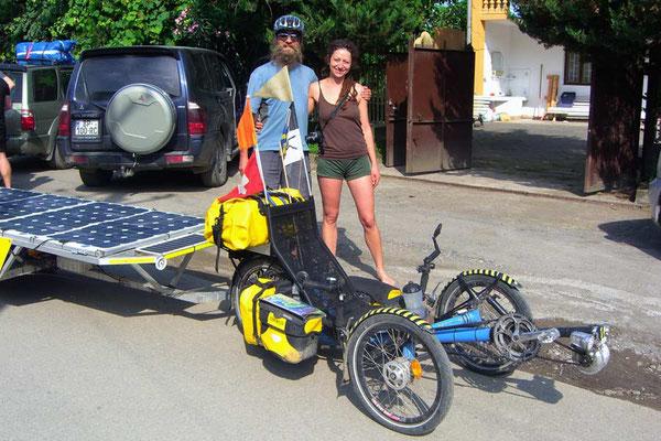 GE: Batumi, Solatrike mit Herbergsleiterin Lena