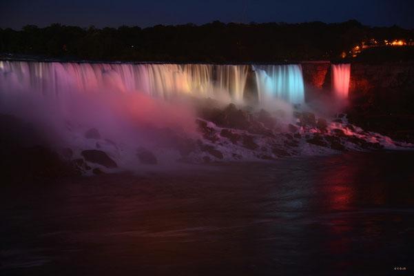 CA0380 Niagara Falls