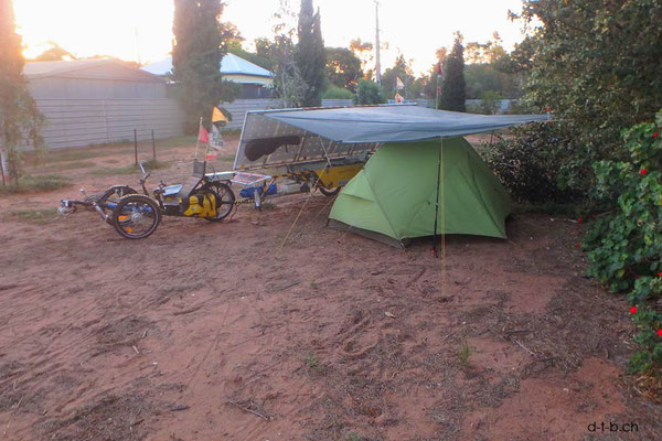 AU: Solatrike at Port Pirie Campground. Tarp for shade.