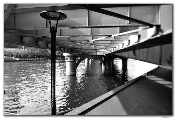 AU1256.Melbourne City.Sandridge Rail Bridge