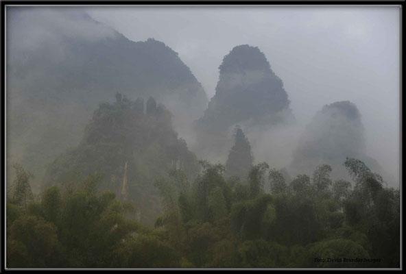 C1037 Li River