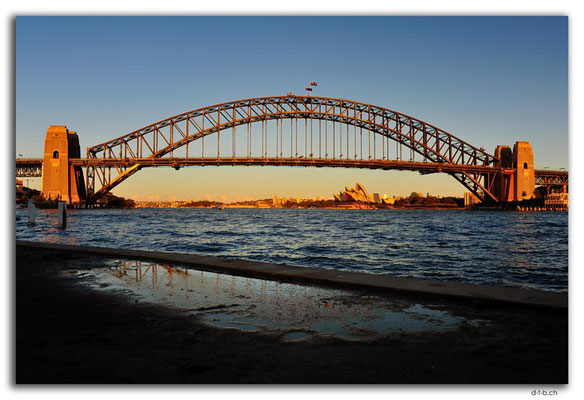 AU1654.Sydney.Opera House & Harbour Bridge.McMahons Point