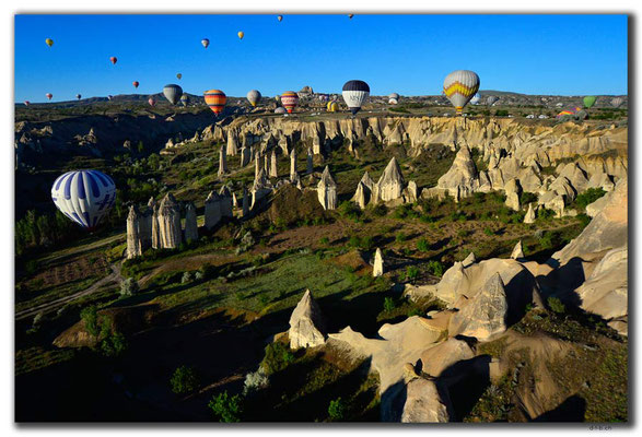 TR0907.Göreme.Ballonfahrt.Love Valley