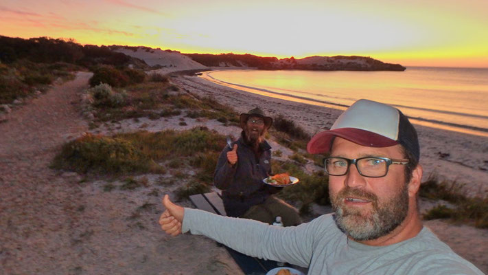AU:Sandy Cape, Tacos at the Beach with Marty