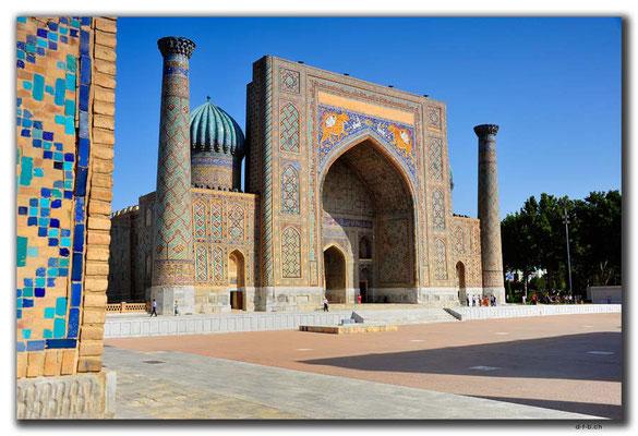UZ0042.Samarkand.Registan.Sher Dor Medressa