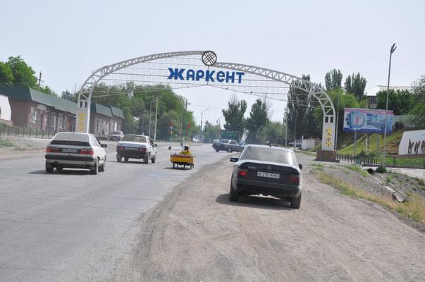 KZ: In Zharkent eintreffen (Foto: Tobias)