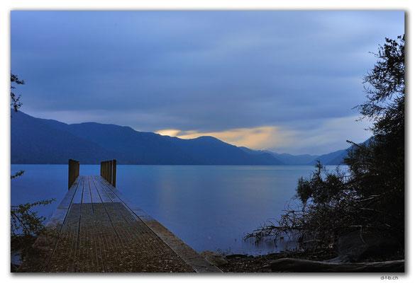 NZ0677.Nelson Lakes N.P.Lake Rotoroa