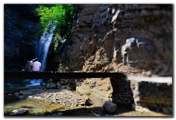 GE0155.Tbilisi.Wasserfall