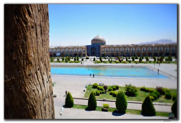 IR0088.Isfahan.Sheikh Lotfollah Mosque