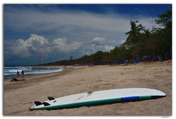 ID0212.Kuta Beach