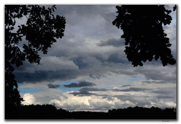 DE289.Storkow.Regenwolken