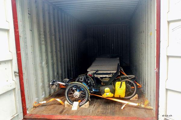 CN.Solatrike im Container