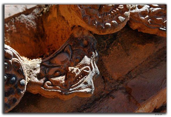 CN0208.Shikong.Buddhatempel.Dachziegel