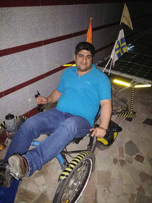 IR: Rasht, Faraz in the Solatrike (Photo:d-t-b)