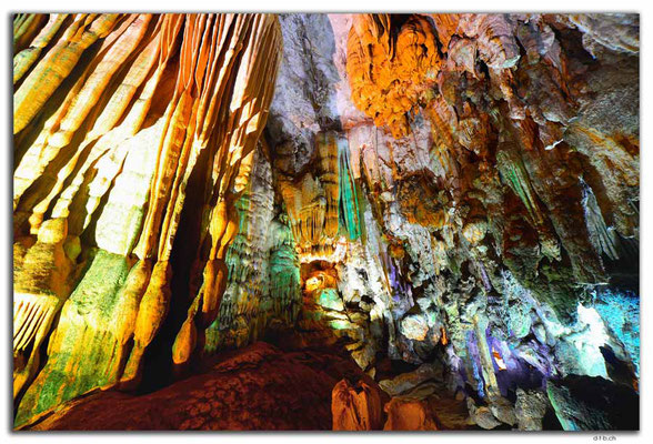 VN0116.Phong Nha Cave