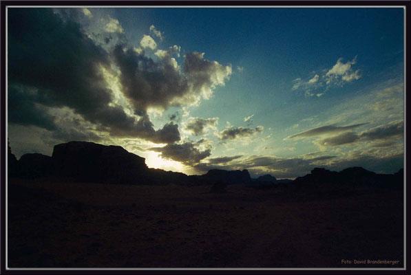 JO010.Wolken.Wadi Rum
