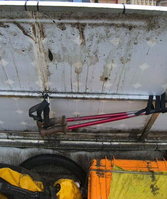 RO: Solatrike nassem und dreckigem Gepäck