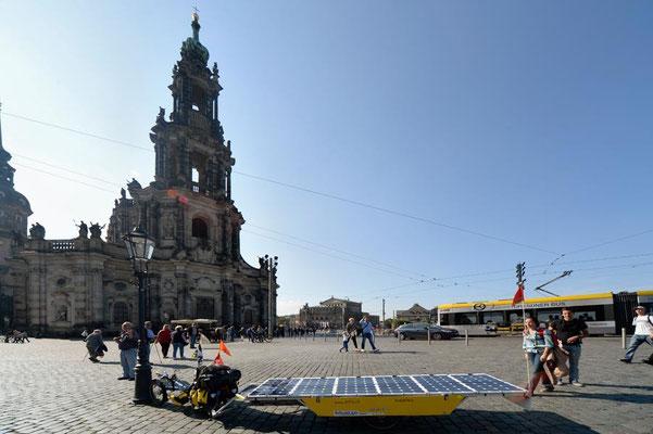 DE: Solatrike in Dresden, Kathedrale