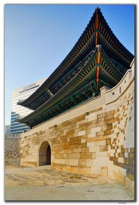 KR0083.Seoul.Sungnyemun Gate