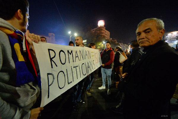 ROB012.Bukarest.Demonstration