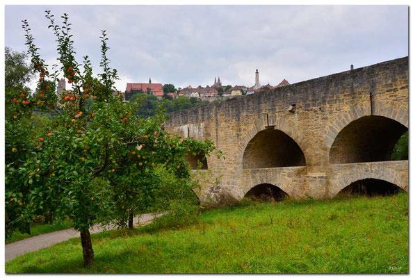 DE168.Rothenburg ob der Tauber. Doppelbrücke