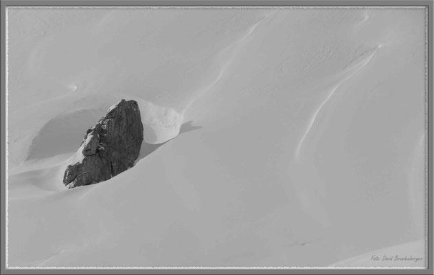 A0355.Stein im Schnee,Klosters.CH