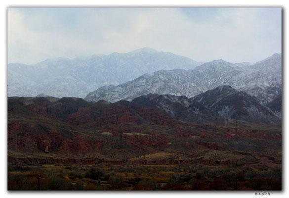 KG0156.Kyrgyz Ala-Too