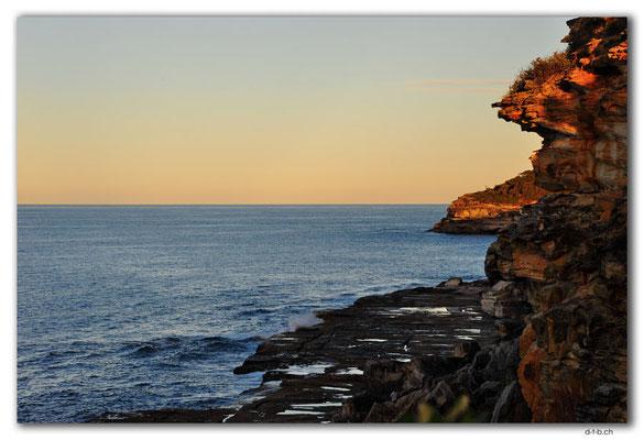 AU1544.Sydney.Shelly Headland Upper Lookout