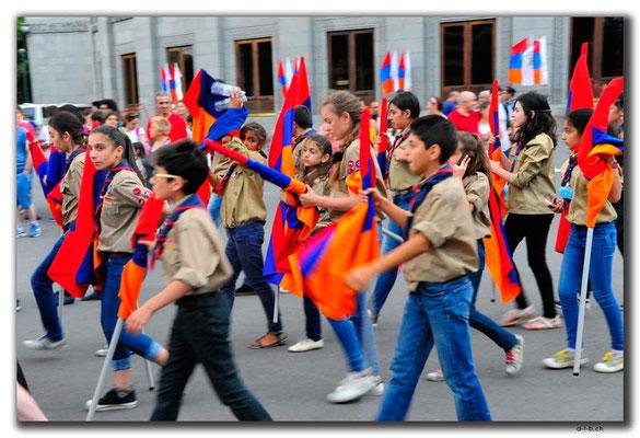 AM018.Yerevan.Feiertagskundgebung