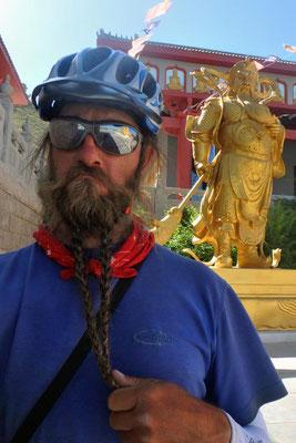 CN. 108 Pagodas - ich habe auch so einen Bart!