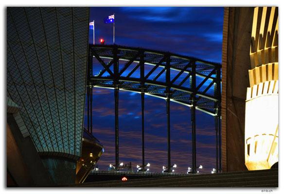 AU1562.Sydney.Opera House + Bridge