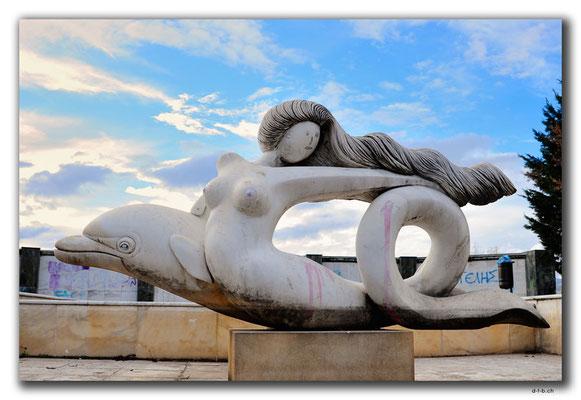 GR0041.Drama.Statue