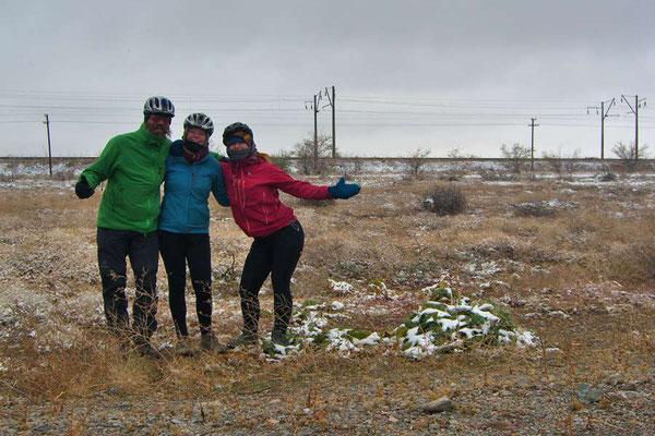 KZ: Solatrikefahrer David trifft Larissa und Marlies