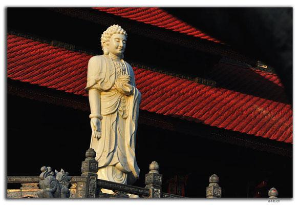 VN0277.Buon Ma Thuot.Khai Doan Pagoda
