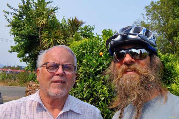 NZ: Takaka Gastgeber Paul und David