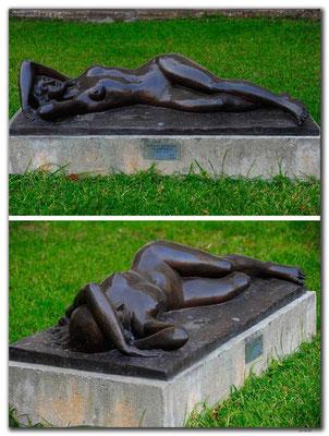 RO0222.Bukarest.Bronzestatue