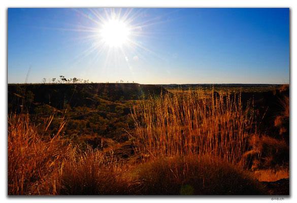 AU0218.Ngumban Cliff Lookout.Sonnenuntergang