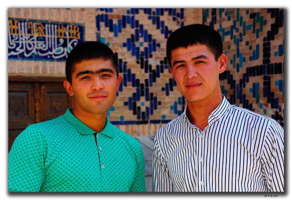 UZ0086.Samarkand.Registan.Usbeken