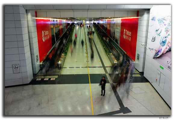 HK0054.Metro Station