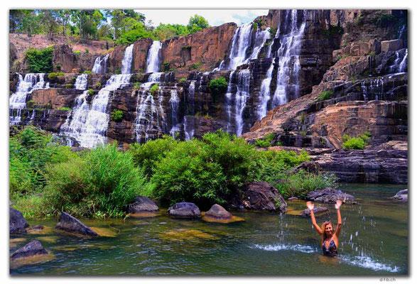 VN0326.Pongour Falls.Alena Mazo