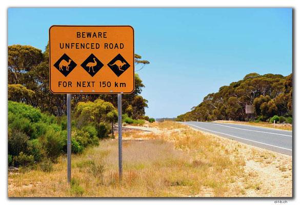 AU0897.Eyre Highway Schild