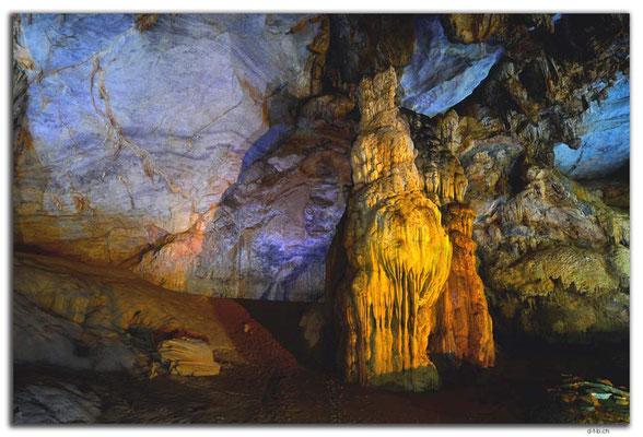 VN0094.Phong Nha.Paradise Cave