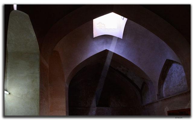 IR0093.Isfahan.Ali Qapu Palace