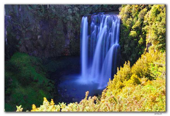 NZ0349.Omaru Falls