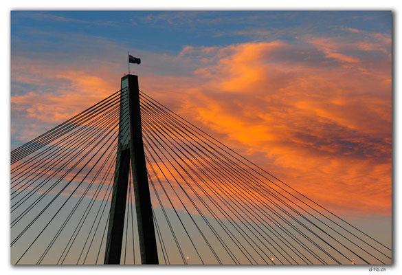 AU1708.Sydney.Glebe Point.ANZAC Bridge