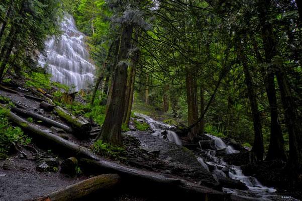 CA0271 Bridal Veil Falls