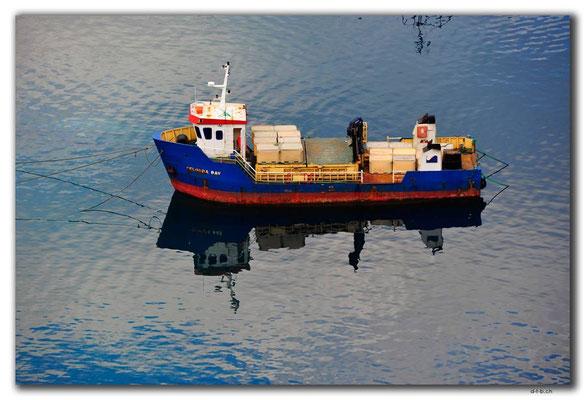 GR0354.Kleines Frachtschiff