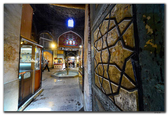 IR0206.Isfahan.Bazaar