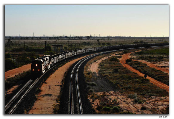 AU0284.South Hedland,EmptyTrain back