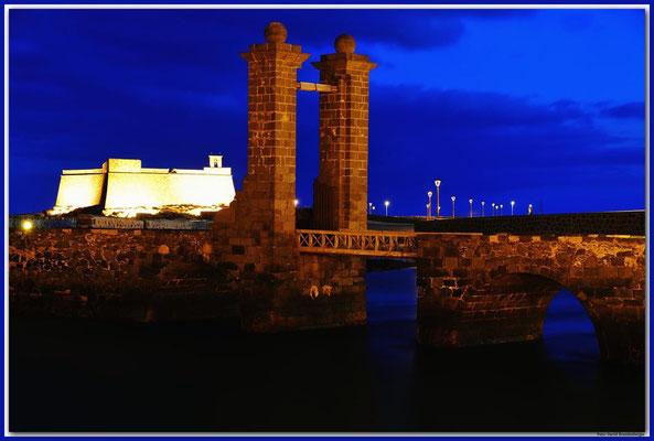 LAN012 Kugelbrücke